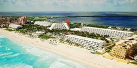 Cancun: 5-Nt All-Incl. Beach Trip w/Air, Kids Stay Free
